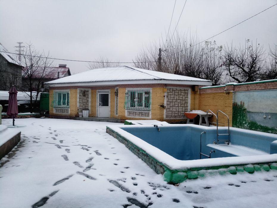 Сдам посуточно дом, г. Киев                               в р-не Осокорки возле м. <strong>Славутич</strong>                                  фото