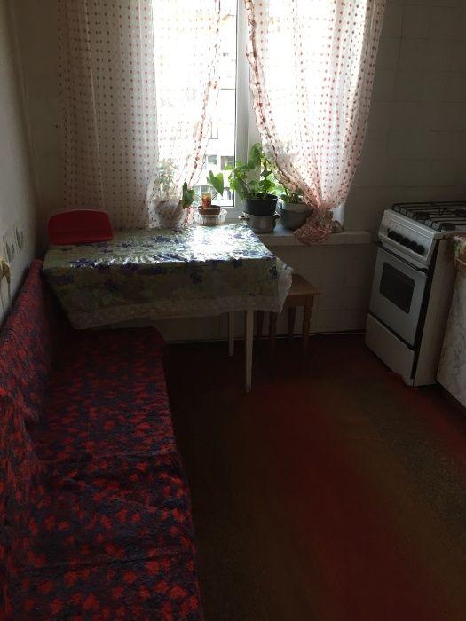 Продам ? гостинка, г. Киев                               в р-не Виноградарь                                 фото