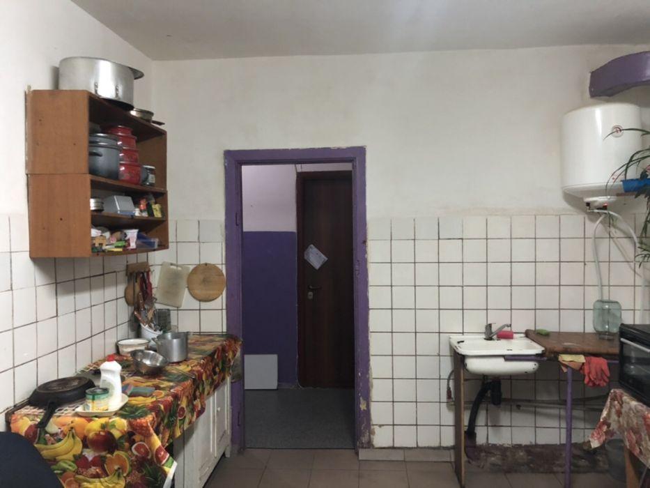 Продам ? гостинка, г. Киев                               в р-не Голосеево возле м. <strong>Васильковская</strong>                                  фото
