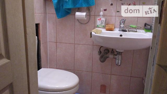Продам ? гостинка, г. Киев                               в р-не Сырец возле м. <strong>Дорогожичи</strong>                                  фото