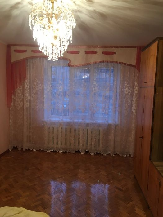 Сдам долгосрочно 3 к, г. Киев                               в р-не Троещина                                 фото