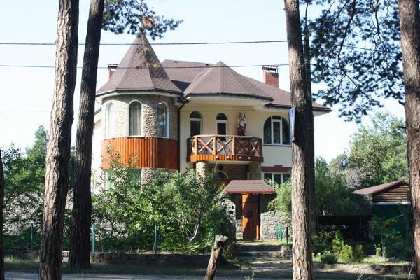 Сдам долгосрочно дом, г. Киев                               в р-н Днепровский                                                               фото
