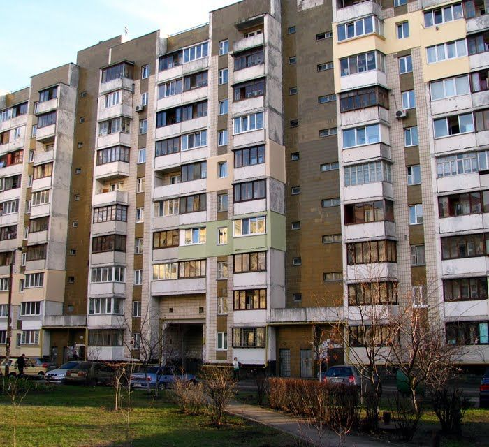 Продам ? 1 к, г. Киев                               в р-не Позняки возле м. <strong>Позняки</strong>                                  фото