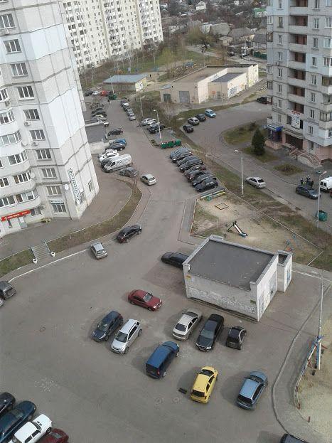 Сдам долгосрочно 2 к, г. Киев                               в р-не Беличи возле м. <strong>Академгородок</strong>                                  фото