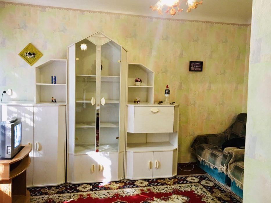 Сдам долгосрочно гостинка, г. Киев                               в р-не Беличи возле м. <strong>Академгородок</strong>                                  фото